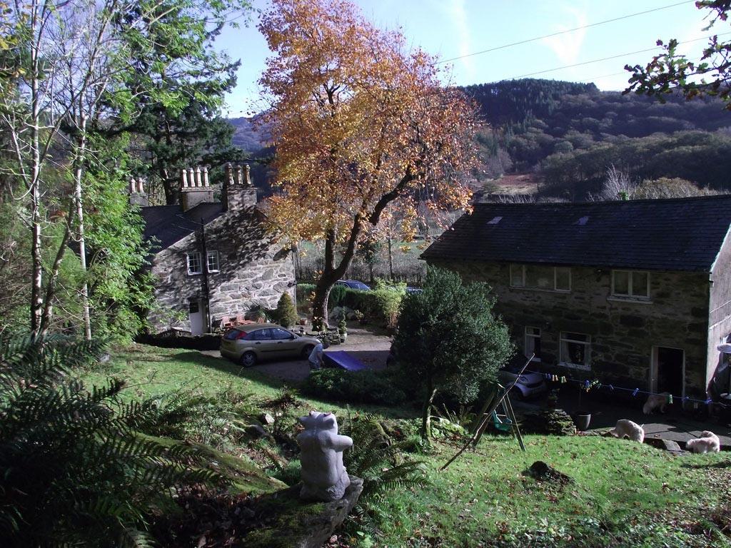 snowdon-and-aran-from-garden